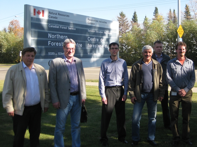 A meeting with the representatives of the Canadian Federal Forest Service in Edmonton