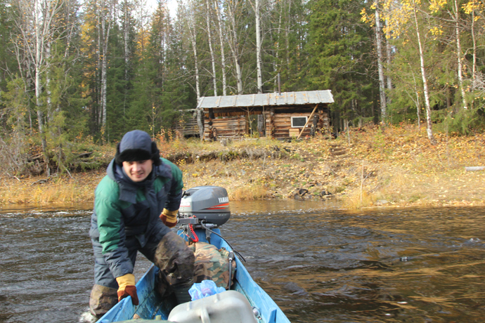 The expedition participants' workdays (Alexei Politov). October 2013
