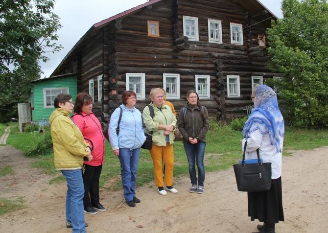 Start of the tour of Verkola