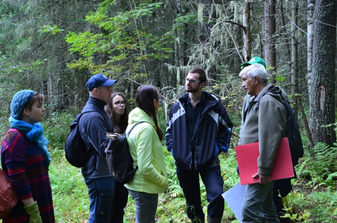 At the demonstration route in the Priluzye Model Forest